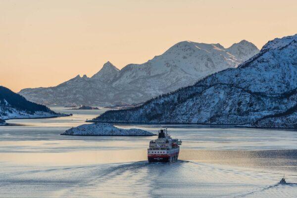 Sovereign Blog - Hurtigruten Reveal First Hybrid Ships