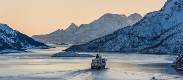 Hurtigruten Reveal First Hybrid Ships